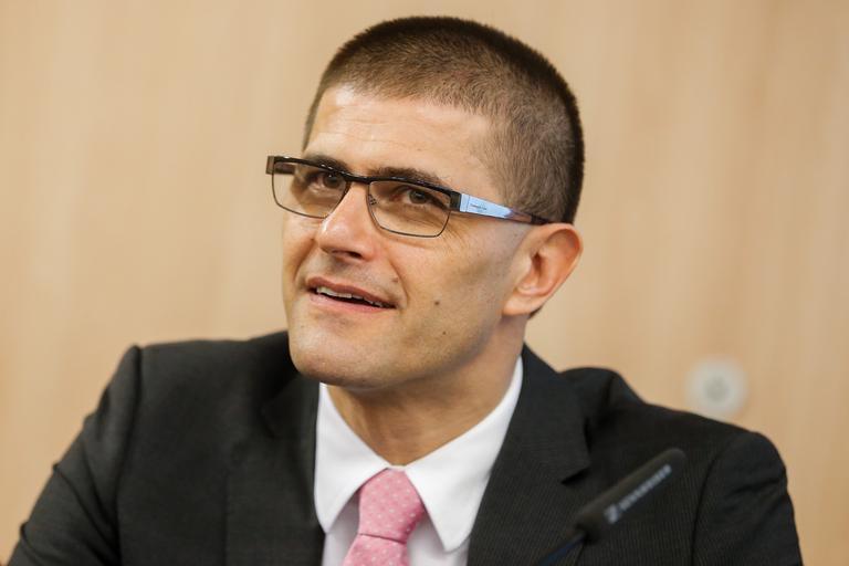 Za kranjskega župana bo kandidiral Matjaž Rakovec - siol.net a74f91163e