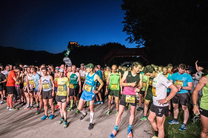 At the beginning of the 13th performance, Night of 10ke cost 1128 runners and 1,060 runners.