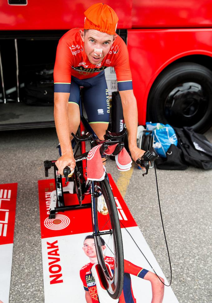 The driver of Bahrain-Merida attacked the last slope.