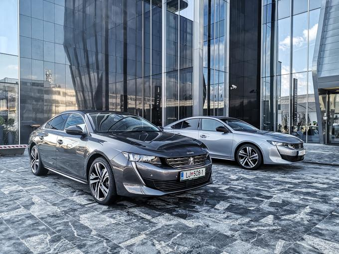 There are four packages, two gasoline engines and three diesel engines. The most powerful diesel engine with 133 kW and the charm and GT line will be most sold.