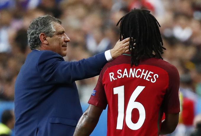 Fernando Santos ni zadovoljen s tem, kar v tej sezoni ponuja Renato Sanches.