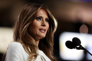 "Melania Trump se ji smili: ""Ni privolila v to sranje"""