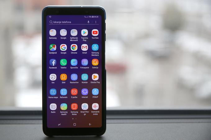 At Samsung the expectations about the screen are always high and the Galaxy A7 smartphone (2018) will not change that.