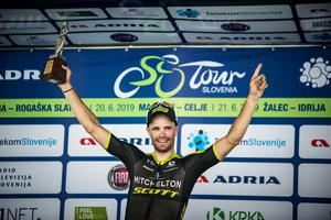 Spectacular finish: Luka Mezgec is hero of second stage! #video