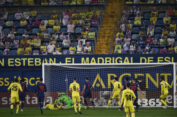 Pred vrati Oblaka je bilo na stadionu Ceramica nekajkrat pošteno vroče, a Škofjeločanu ni bilo treba po žogo v mrežo niti enkrat.