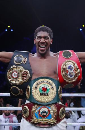 Vrnil mu je: Anthony Joshua je spet na prestolu #video