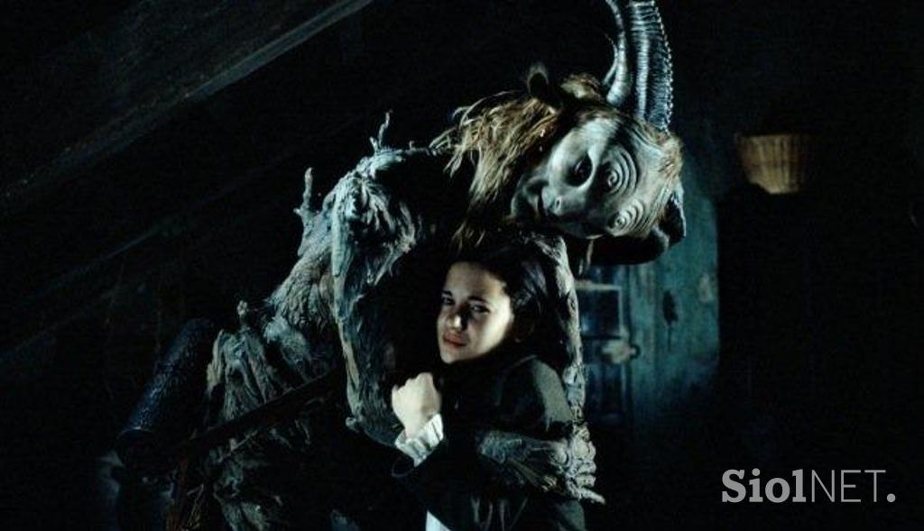 pans labyrinth analysis Guillermo del toro's beautiful dark twisted fantasy: at its simplest, the dark fantasy film pan's labyrinth tells the story of a young girl called ofelia and her encounters with a mysterious faun.