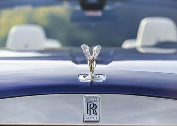"""Rent-a-car"" in luksuz: Hrvati kupili tudi rolls-roycea"