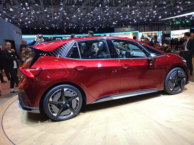 The phrase Seatov, El Born, has shown the best example of the Volkswag family of electric cars.