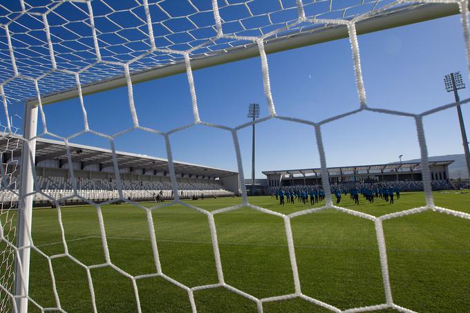Bonifika bo po treh letih spet gostila prvoligaške nogometne dvoboje, na katerih se bodo za točke potegovali Koprčani.