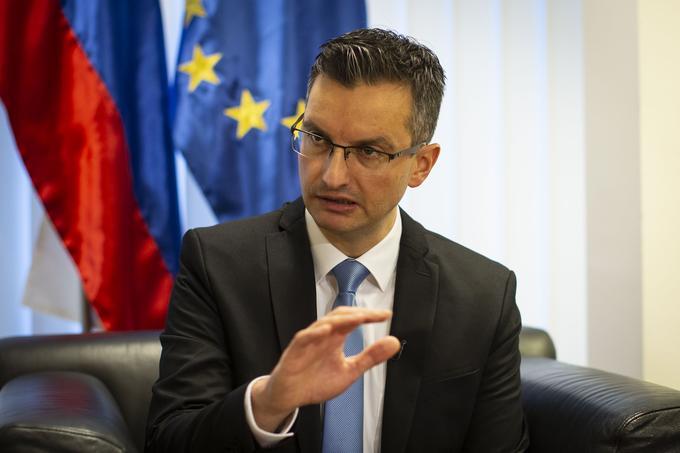 """""""V Sloveniji imamo prenizko minimalno plačo. Dejstvo pa je, da bodo v nekaterih panogah težave, zlasti v tistih, v katerih se ustvarja prenizka dodana vrednost."""""""