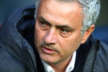 Mourinho matiral Guardiolo v dveh minutah #video
