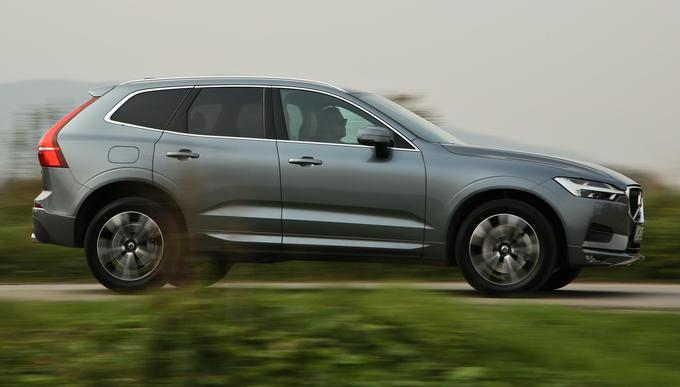 The Volvo XC60 was surprisingly impressed with its driving abilities and received the most points in the only category because of its image that provides a subjective view of all seven editions. In the case of the winner, he lagged behind when he used the passenger room and boots, eventually losing 1 percentage point with a prestigious victory.