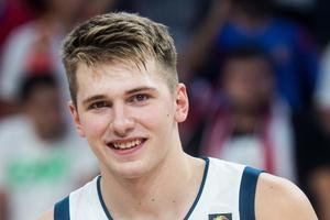Luka Dončić stotico proslavil tako, kot zna le on #video