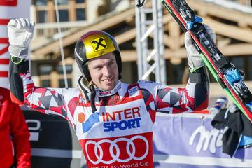 Hirscher prehitel Millerja in Tombo