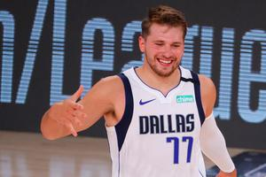 Luka Dončić spet čaral v ligi NBA in pisal zgodovino #video