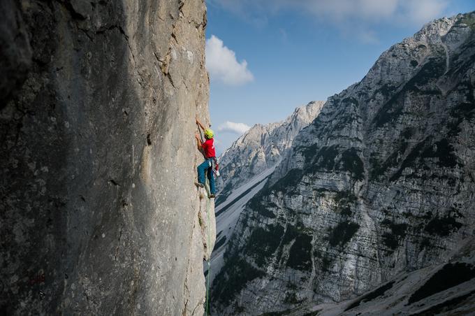 Nekateri gorski reševalci so vrhunski alpinisti, drugi plezajo redkeje. Vsi pa se znajo v gorah dovolj varno gibati.