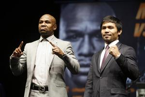 Kdo sta Floyd Mayweather in Manny Pacquiao? (video)