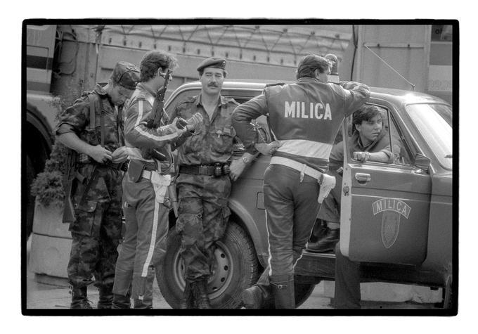 Slovenske sile, ki so se uprle napadu JLA, so sestavljale enote slovenskih teritorialcev in enote slovenske policije.