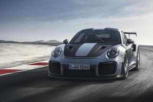 Porsche 911 GT2 RS – do stotice potrebuje pičle 2,8 sekunde #video