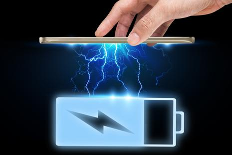 Kmalu velika revolucija polnjenja baterij pametnih telefonov?