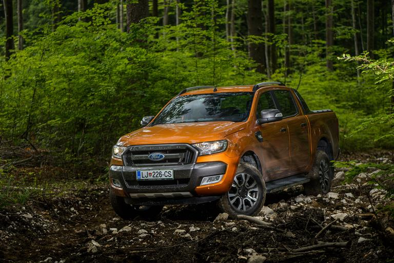Test: Ford ranger wildtrak – 2,3 tone mišic, varnosti in pravega USA-imidža