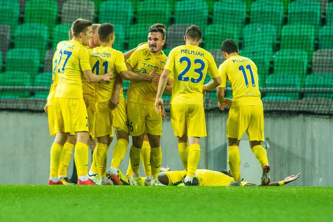 I think that the great victory of Ljubljana smiled because they led 4: 2, and then they had to satisfy the point.